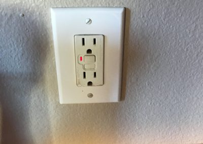 outlet to be inspected